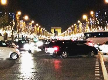PARIS シャンゼリゼ通りイルミネーション